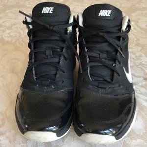 Nike black pair of sneakers size 5Y